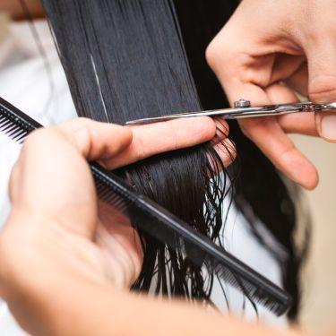 Seberapa Penting Memotong Rambut untuk Kesehatan Rambutmu