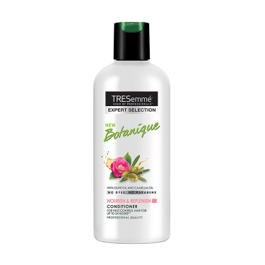 A 190ml bottle of Tresemme Botanique Replenish Conditioner front of pack image