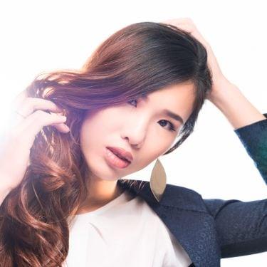 Simpel! 7 Model Rambut Wavy Hair ala Artis Korea yang Bisa Kamu Tiru