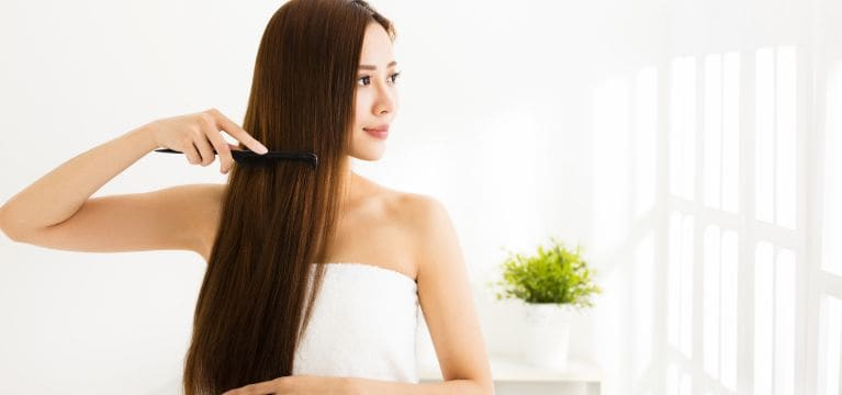 Dapatkan Rambut Kuat dan Sehat Hanya dengan di Rumah Saja