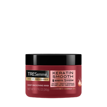 A 180ml tub of TRESemmé Keratin Smooth Mask front of pack image