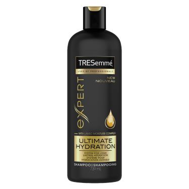 TRESemmé Ultimate Hydration Shampoo 739ml front of pack